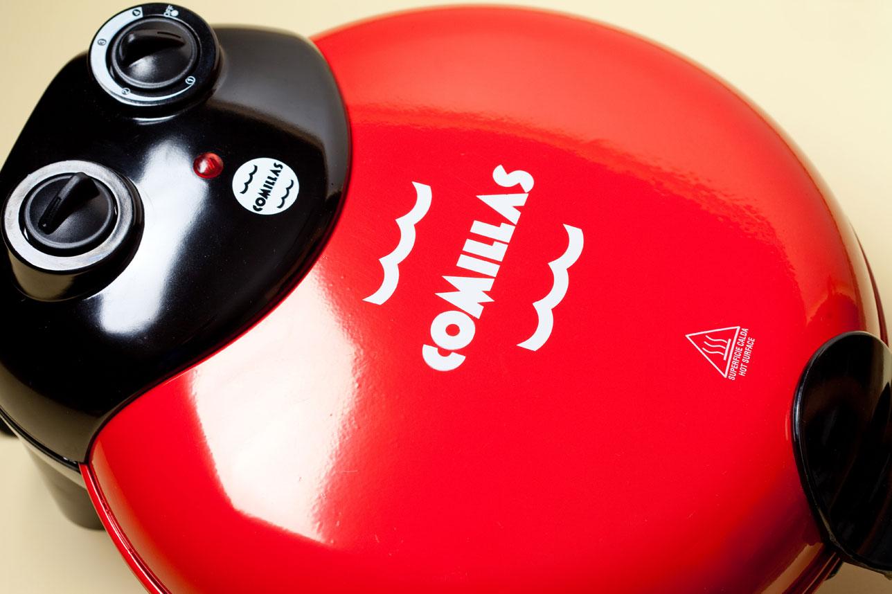Comillas-Branding-Horno-Closeup