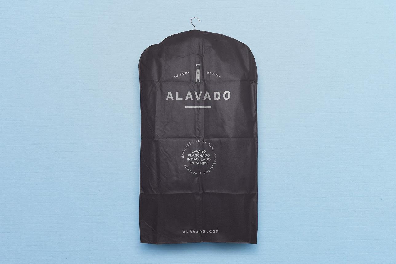 Alavado-suit